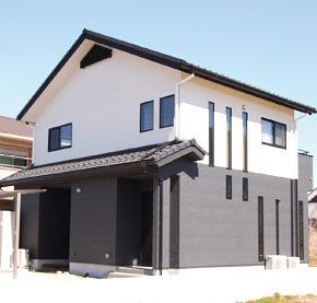 滋賀雁瀬工務店が建てた、蔵を思わせるシックな外観の家