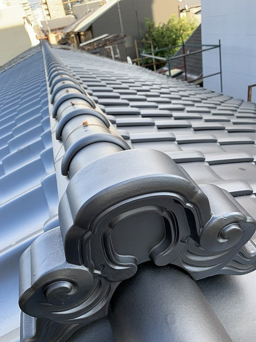 京都らしい長屋の屋根のリフォーム工事です!