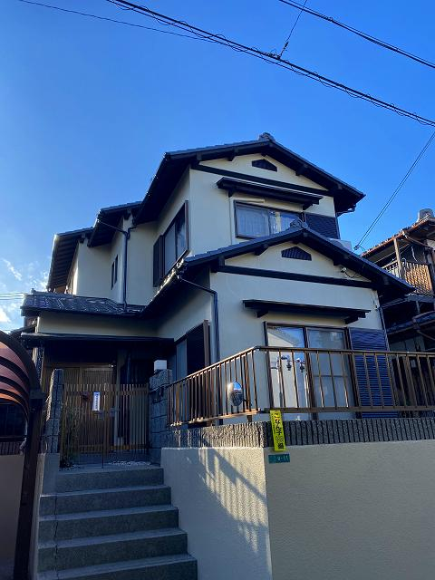 滋賀県湖南市でリフォームが完工!外壁塗装に加え、キッチン・お風呂をオール電化に