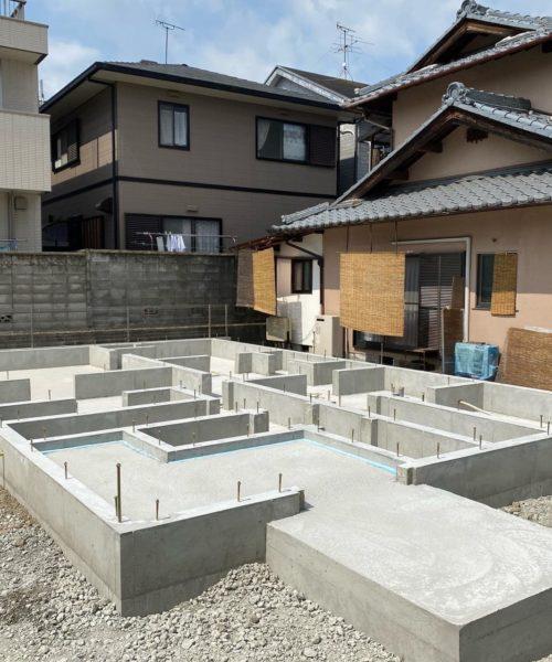 滋賀県草津市に雁瀬工務店が建てる新築住宅。基礎工事完了