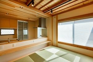 大工の技術を駆使した伝統的な日本家屋の良さを感じられる京都宇治の家 DK