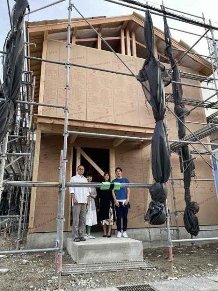 滋賀県草津市の木造新築一戸建て。上棟後