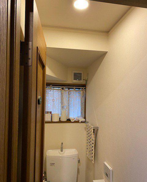 滋賀大津市で接触の悪くなったスイッチ、かさ張る照明の交換リフォーム!!