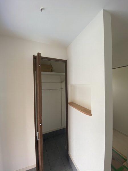 滋賀県草津市の新築物件施工現場。玄関