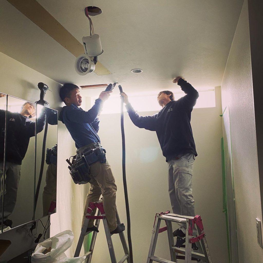滋賀雁瀬工務店のリフォーム・新築を支える職人の背中