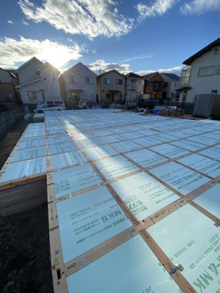 滋賀県草津市で新築木造2階建て、土台引き