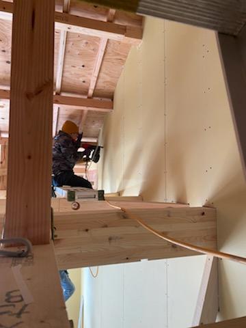 滋賀県草津の木造新築アパート物件、石膏ボード施工