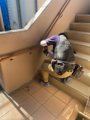 滋賀草津市のマンション物件で手摺設置リフォーム工事