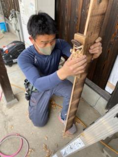 滋賀県草津市で焼板張り替えリフォーム工事