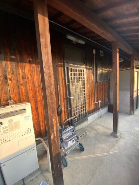 滋賀県草津の焼板張り替えリフォーム工事