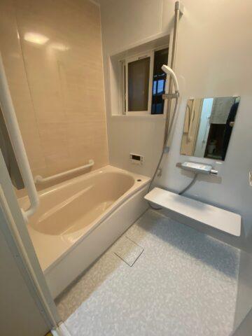 滋賀草津市でタイル張り浴室からユニットバスへの交換リフォーム工事